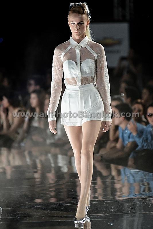 Victeerut at elle fashion week bangkok march 2013 171 allphoto bangkok