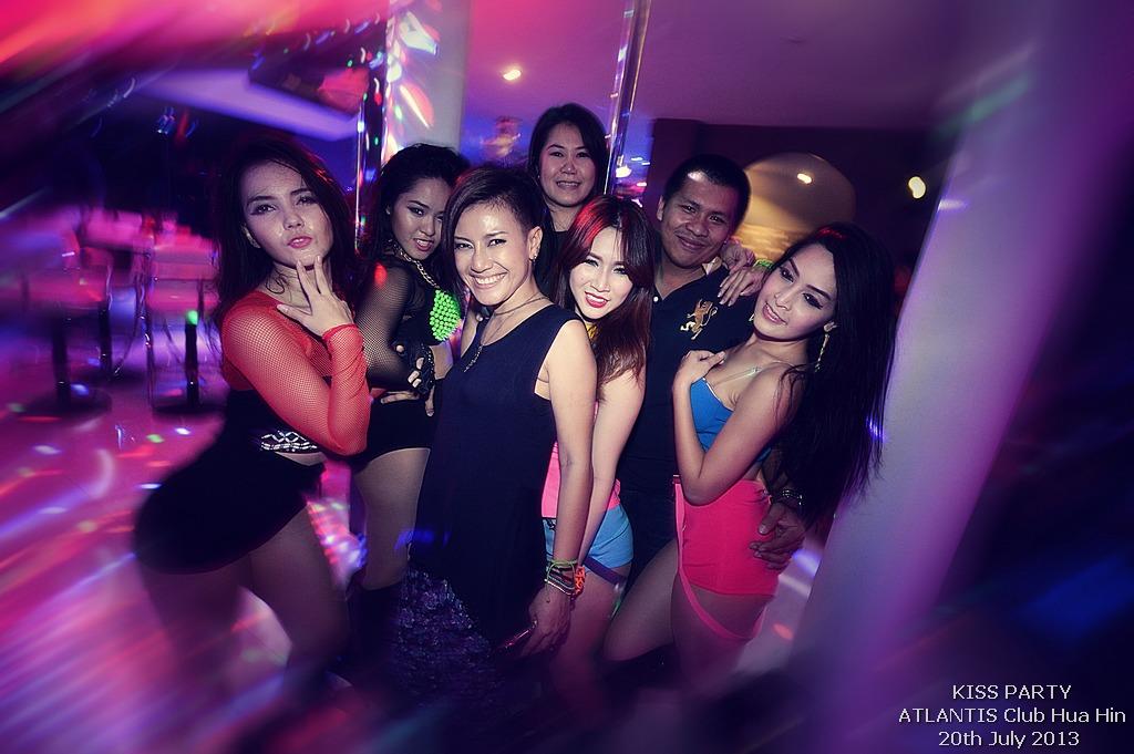 girls parties clubs