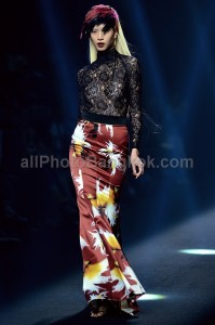Photographer-Bangkok-Elle-Fashion-Week-2013-catwalk-Vatanika-29
