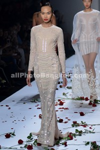 Elle-Fashion-Week-Bangkok-Tipayaphong-Poosanaphong-2013-October-38