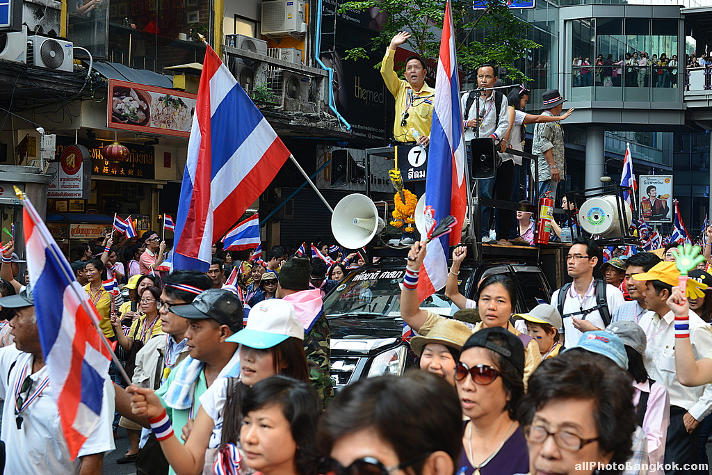 Bangkok-Protest-December-9th-2013-01